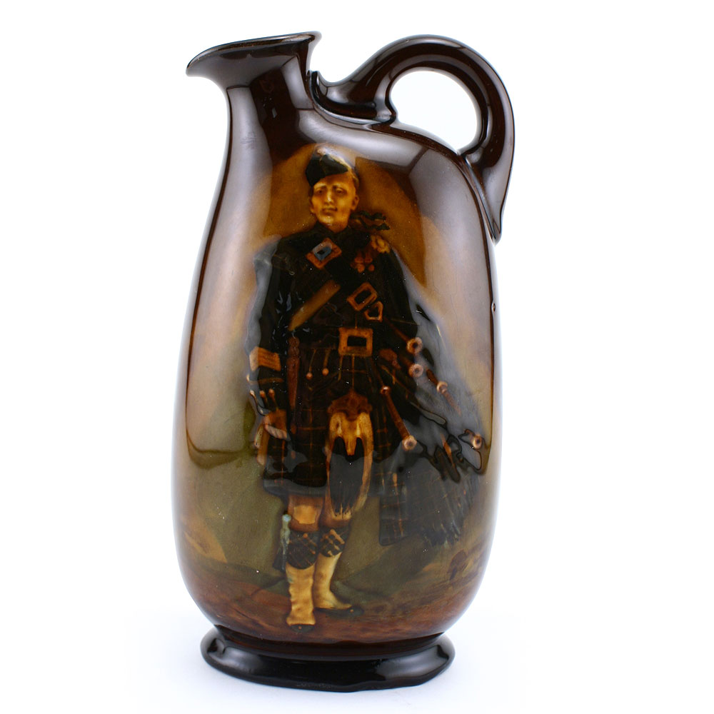 Pipe Major Flask 8_5H - Royal Doulton Kingsware