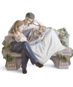 A Priceless Moment 01008056 - Lladro Figurine