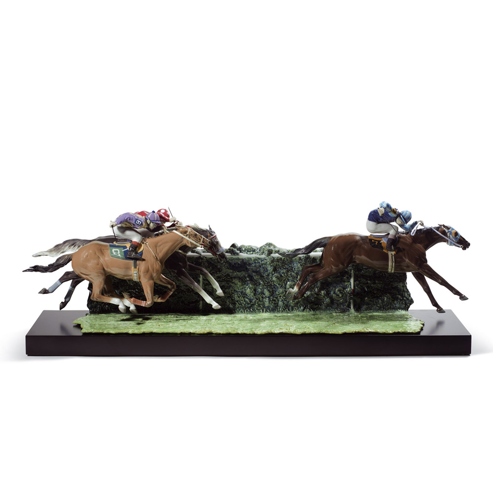 At The Derby 01001967 - Lladro Figurine