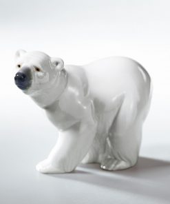 Attentive Polar Bear 01001207 - Lladro Figurine