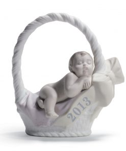 Born in 2013 -  Girl with fair skin 01018382 - Lladro Figurine