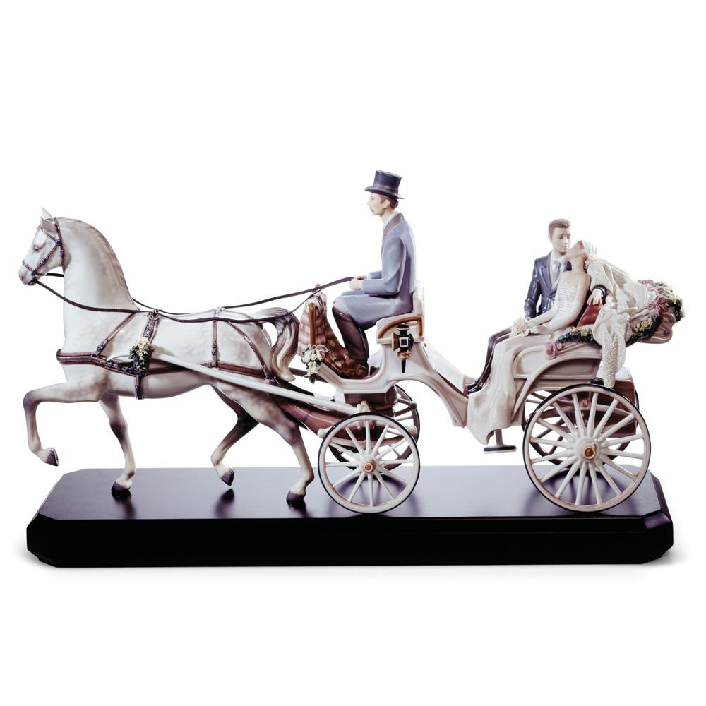 Bridal Carriage 01001932 - Lladro Figurine
