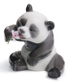 A Cheerful Panda 01008358 - Lladro Figurine