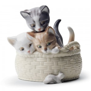 Curious Kittens 01008693 - Lladro Figurine