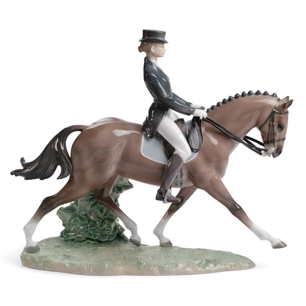 Dressage 01008418 - Lladro Figurine