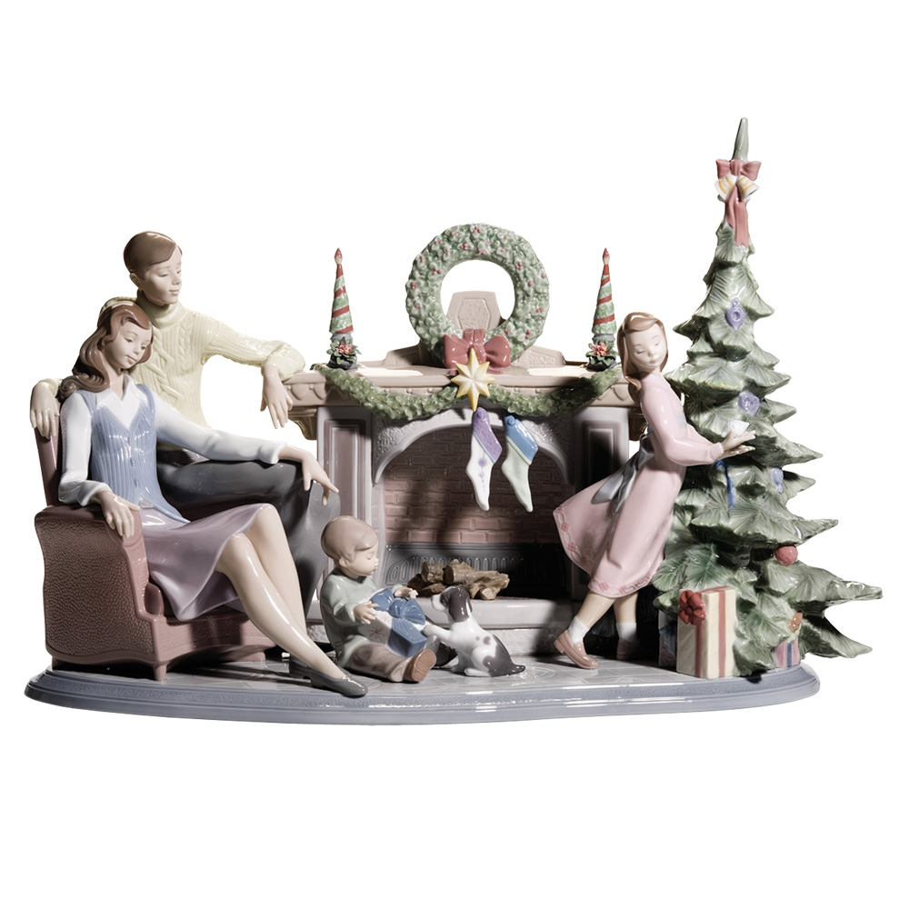 Family christmas lladro figurine seaway china