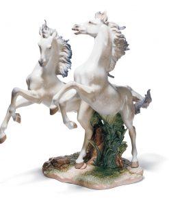 Free As The Wind 01001860 - Lladro Figurine