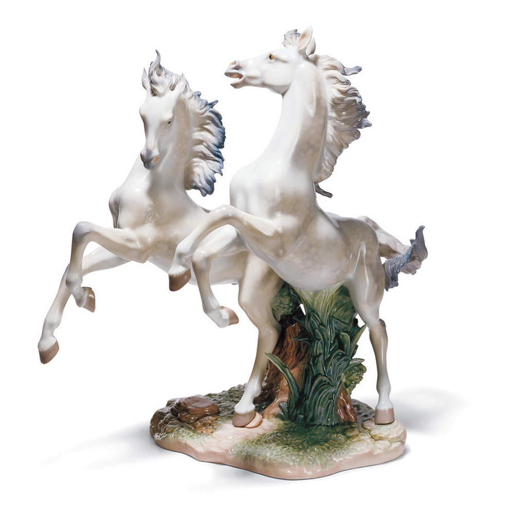 Free As The Wind 01001860 - Lladro Figurine