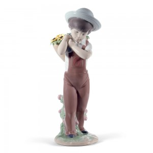 Gathering Flowers 01008675 - Lladro Figurine - 60th Anniversary Collection