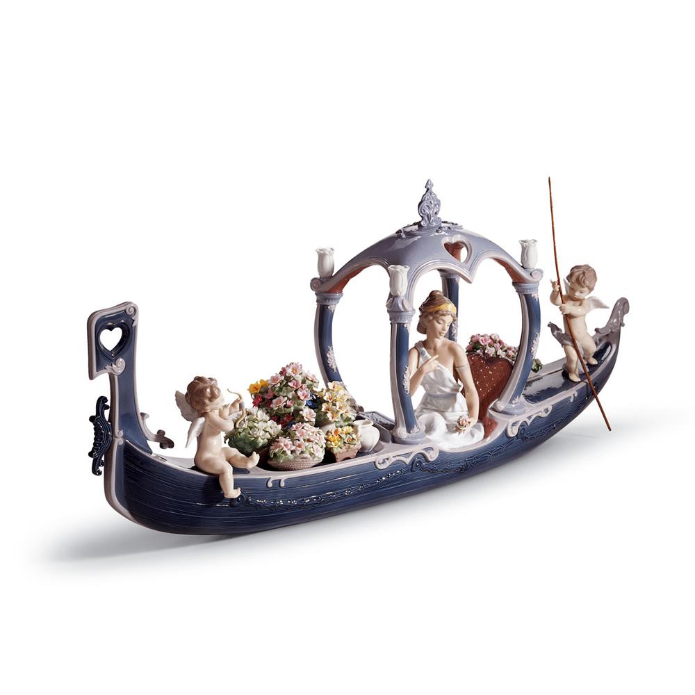 Gondola of Love 01001870 - Lladro Figurine