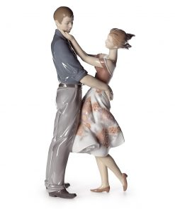 Happy Encounter 01008330 - Lladro Figurine