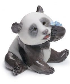 A Happy Panda 01008357 - Lladro Figurine