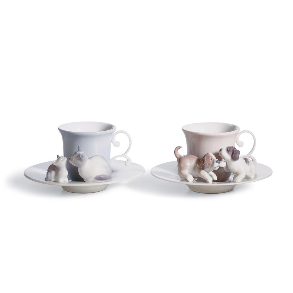 Happy Tea Time 01008300 - Lladro Figurine