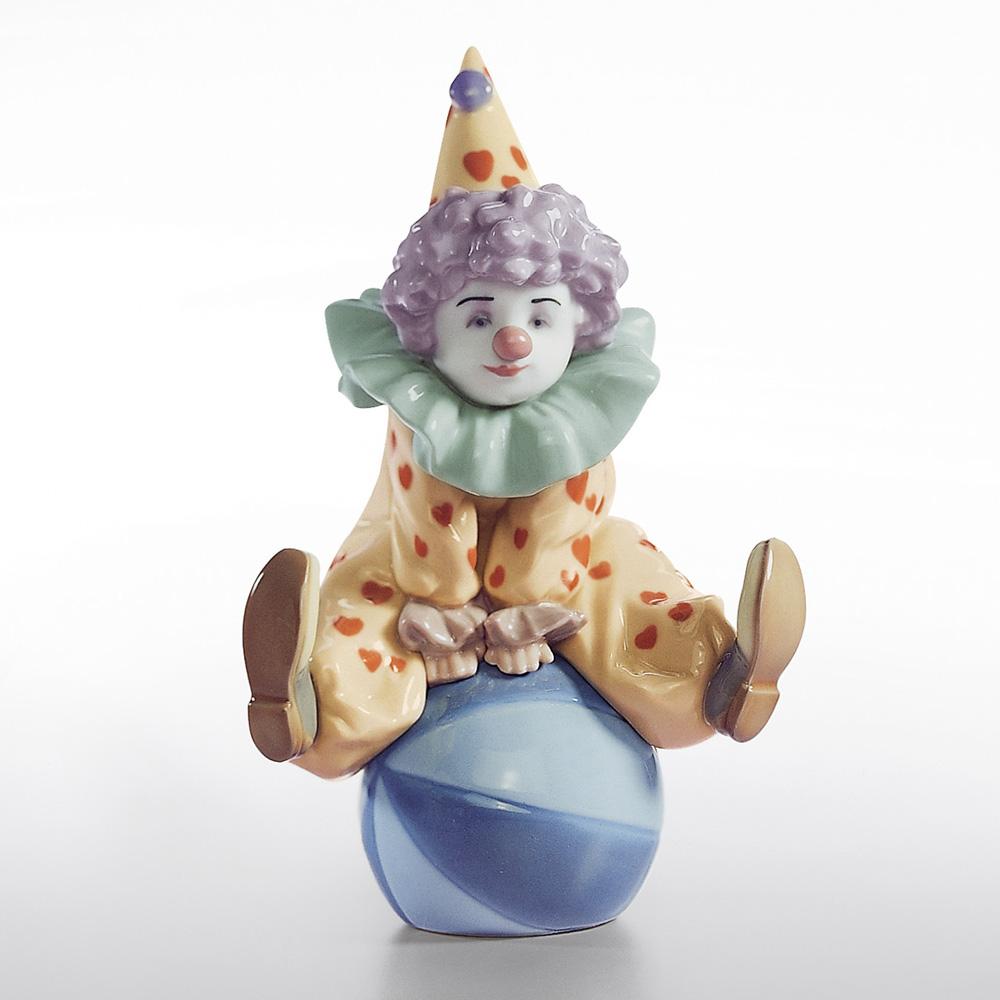 Having A Ball 01005813 - Lladro Figurine