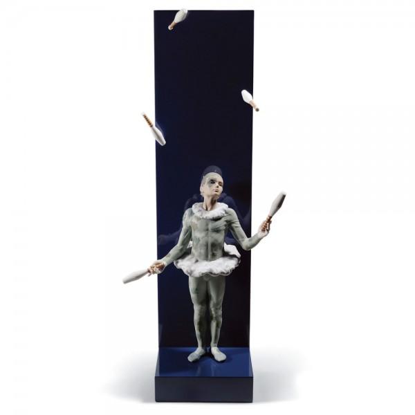Juggler with Clubs 01008525 – Lladro Figurine 1