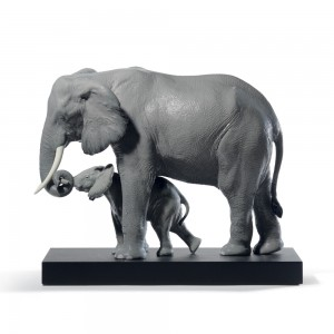Leading The Way (Elephants - Grey) 01008694 -  Lladro
