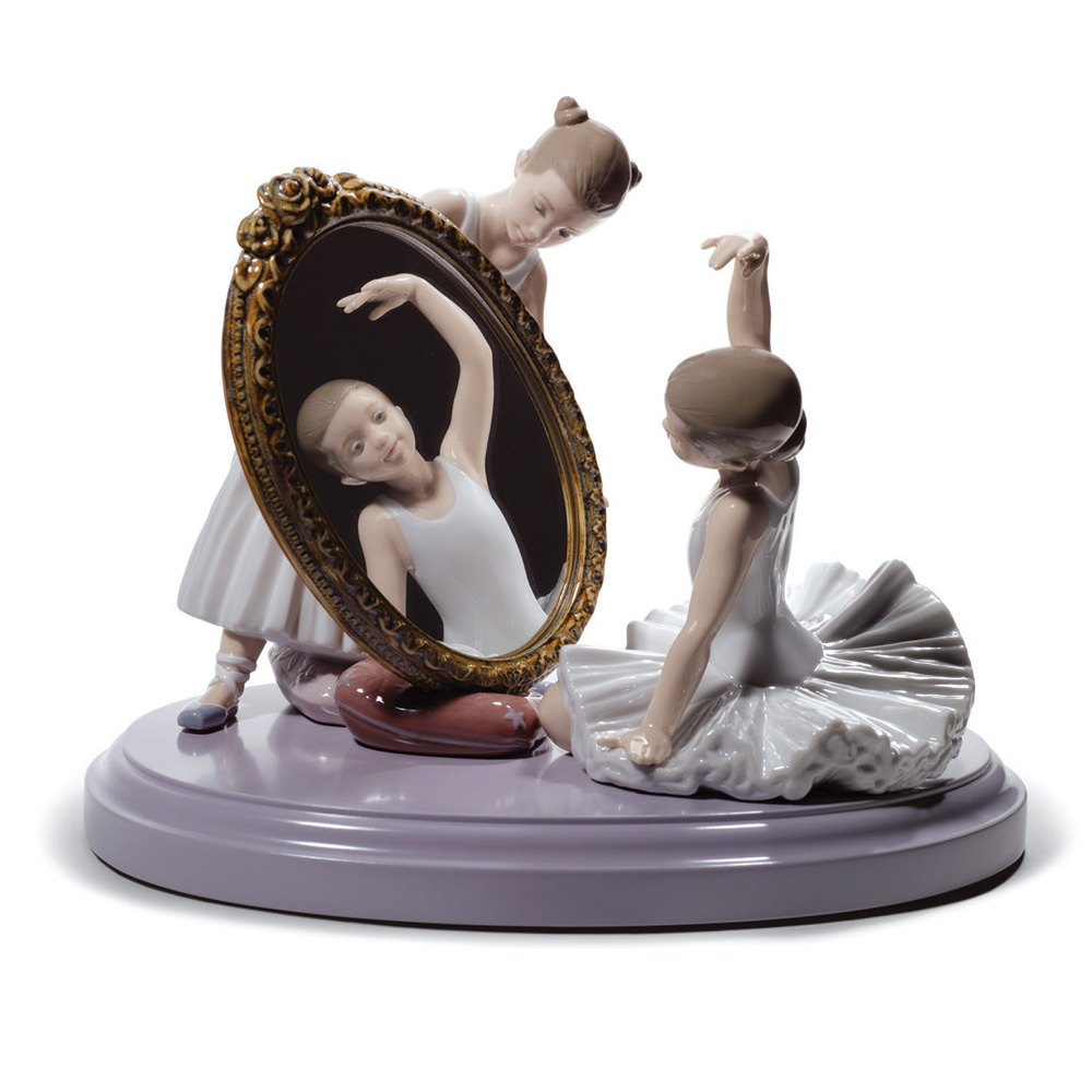 My Perfect Pose 01008571 - Lladro Figurine