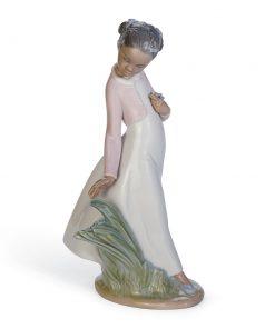 Pretty Flowers 01008132 - Lladro Figurine