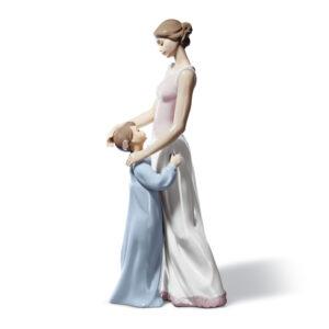 Someone To Look UpTo 01006771 - Lladro Figurine