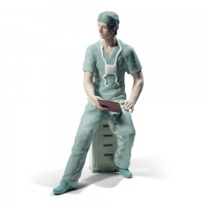 Surgeon 01008657 - Lladro Figurine