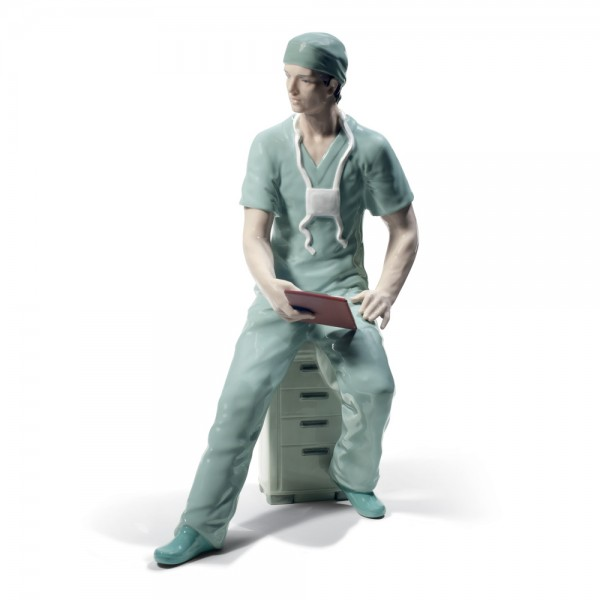 Surgeon 01008657 - Lladro Figurine