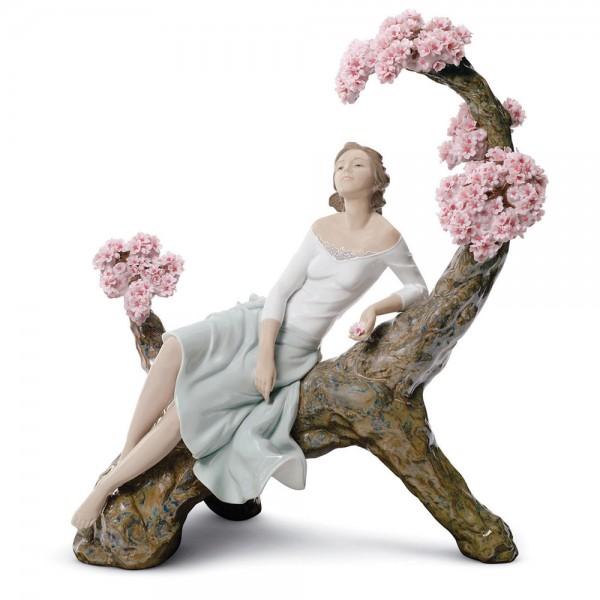 Sweet Scent Blossoms 01008360 - Lladro Figurine