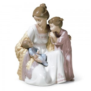 Welcome To The Family 01006939 - Lladro Figurine