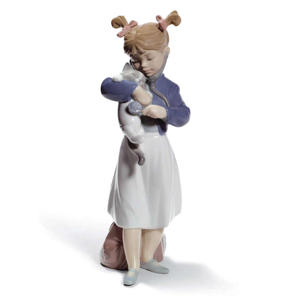 Youll Feel Better 01008544 - Lladro Figurine
