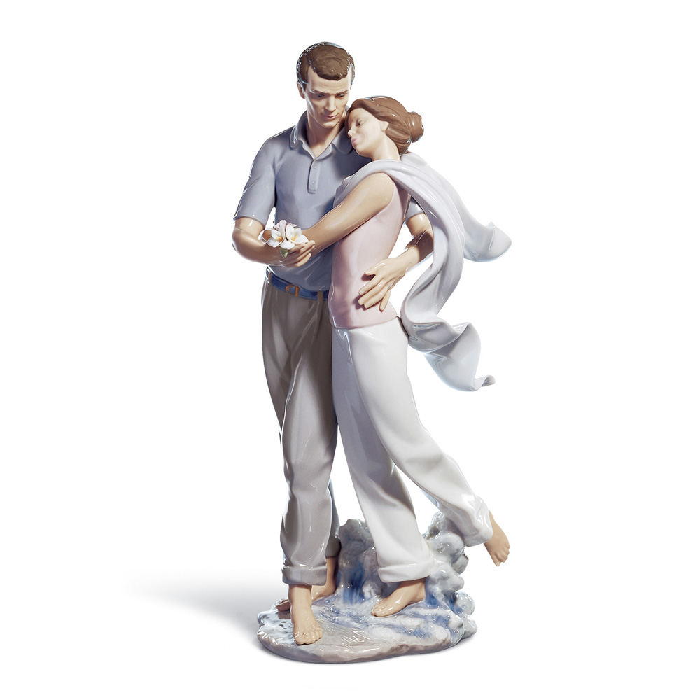 You're Everything To Me 01006842 - Lladro Figurine