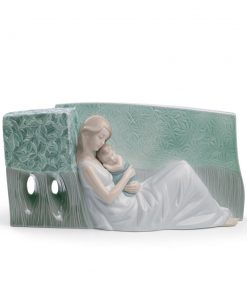 A Tender Caress 01008436 - Lladro Figurine