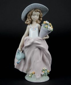 A Wish Come True 7676 - Lladro Figurine