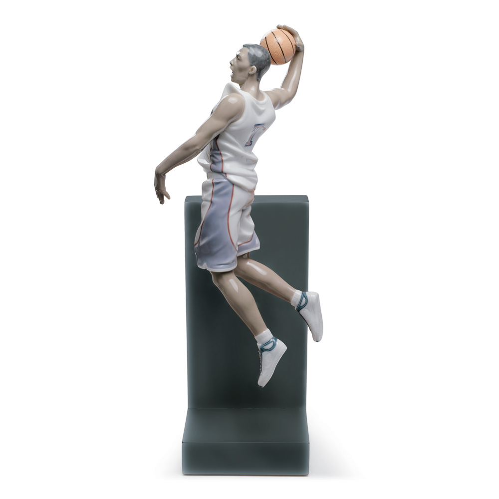 Basketball Dunk 01008507 - Lladro Figurine