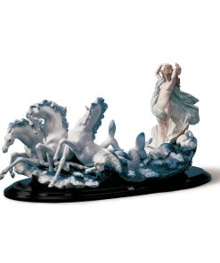 The Birth of Venus 01001864 - Lladro Figurine