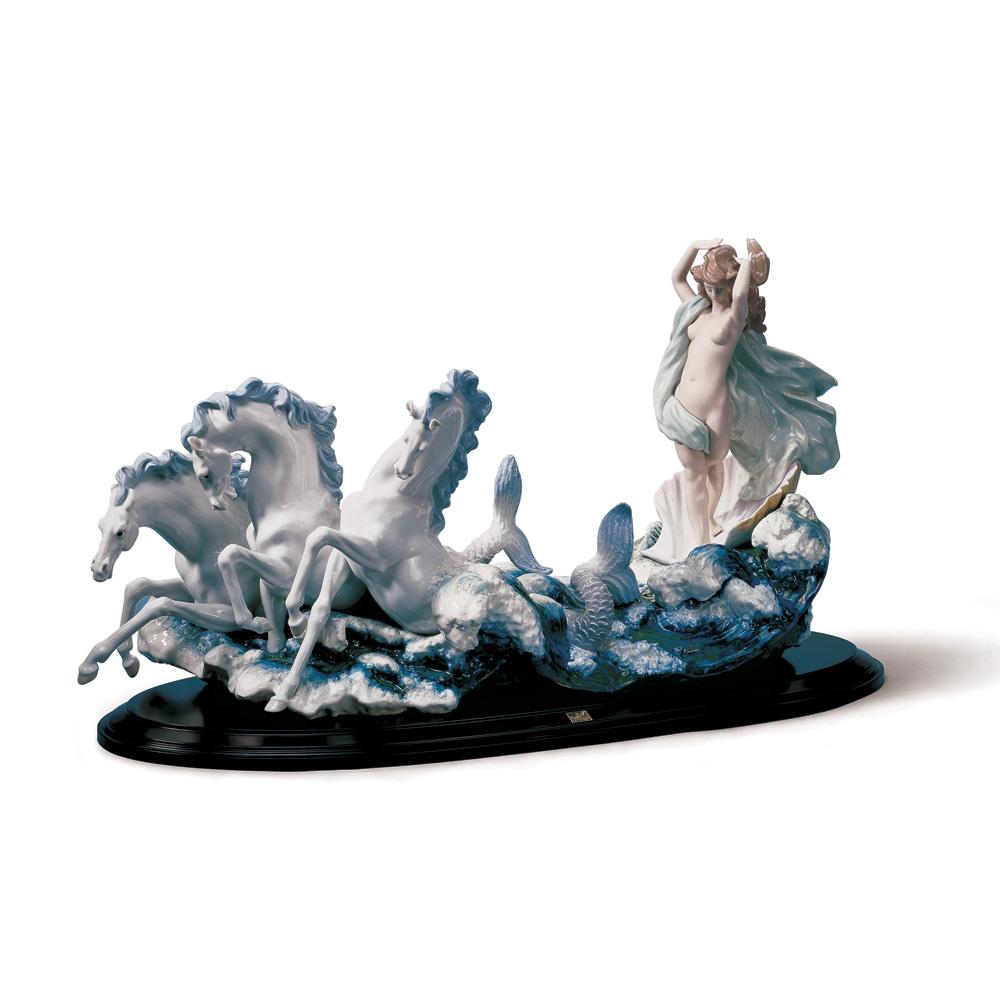 The Birth of Venus 01001864 - Lladro Figurine