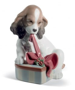 Can't Wait (Christmas) 01008692 - Lladro Figurine