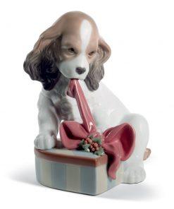 Can't Wait (Christmas) 01008692 - Lladro Figurine