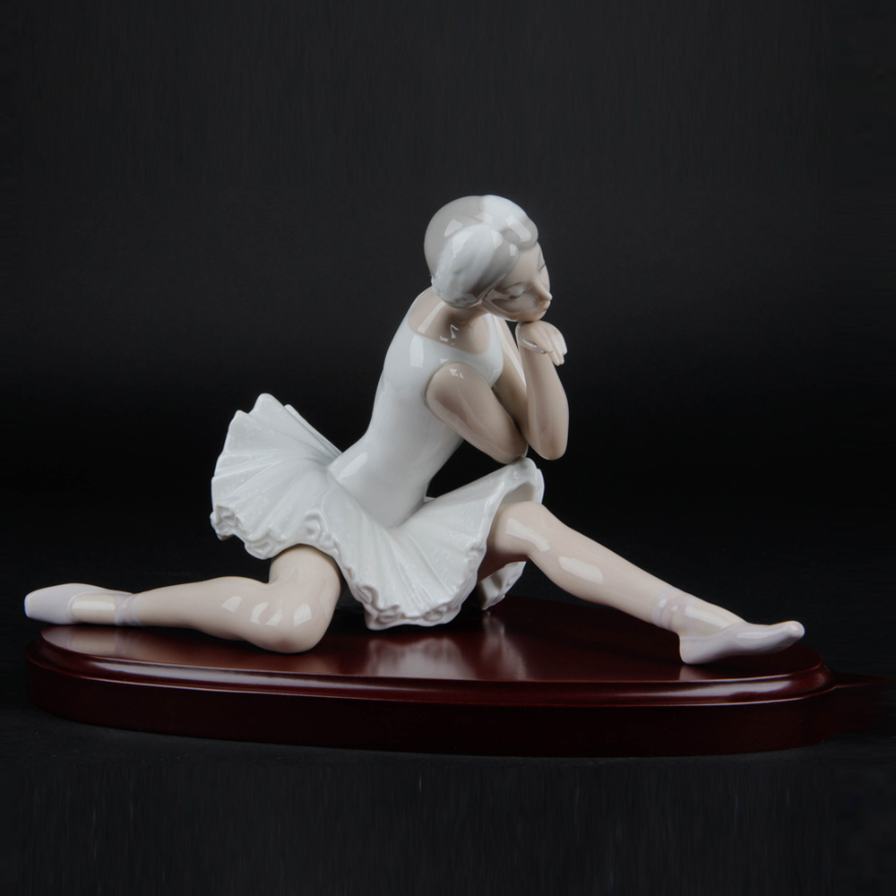 The Death of the Swan 1014855 - Lladro Figurine