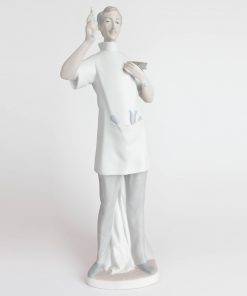 Dentist Matte Finish 1014762 - Lladro Figurine