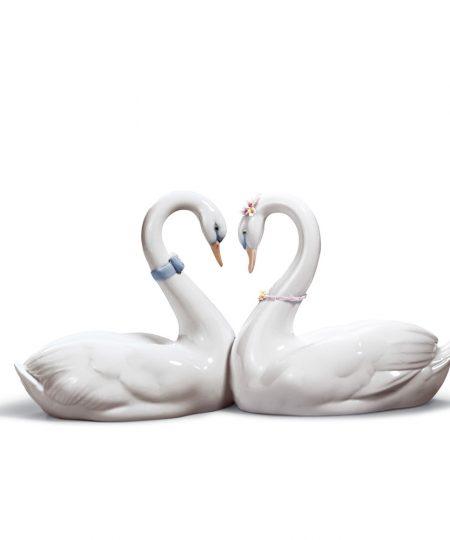 Endless Love - 01006585 - Lladro Figurine