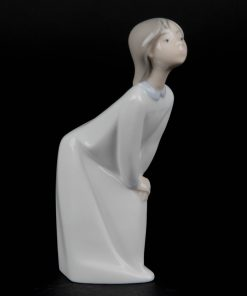 Girl Kissing 4873 - Lladro Figurine