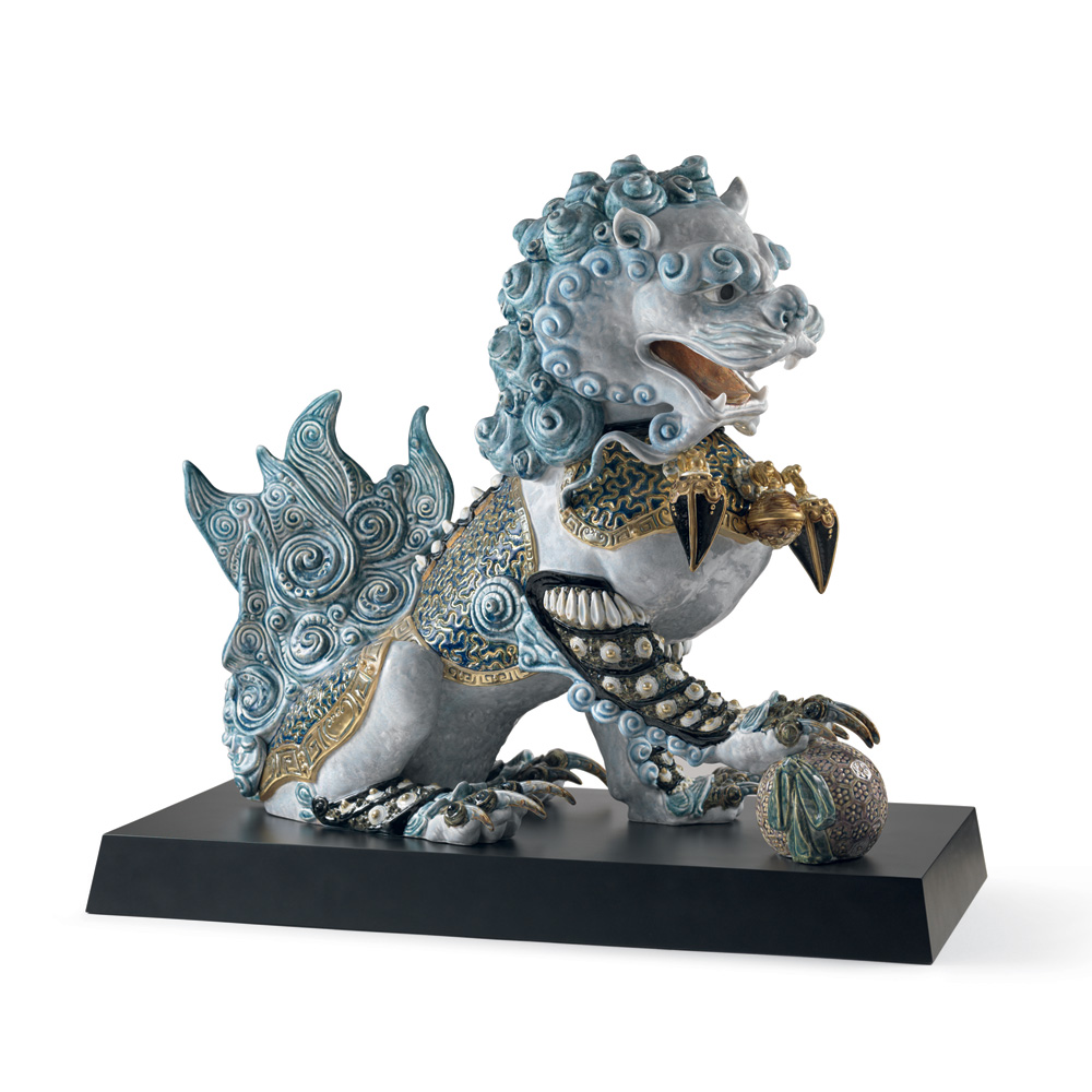 Guardian Lioness (Blue - Right) 01001991 - Lladro Figurine