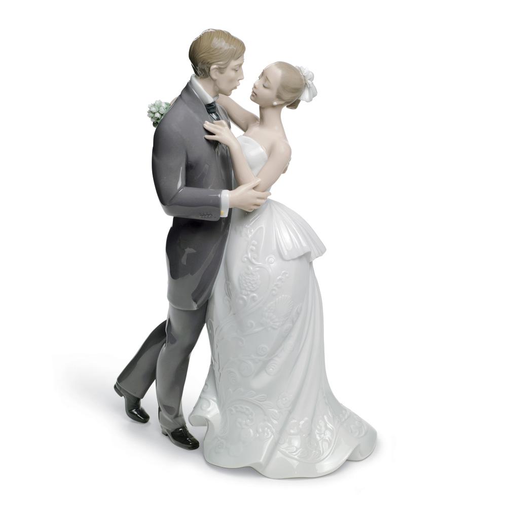 Lover's Waltz 01008509 - Lladro Figurine