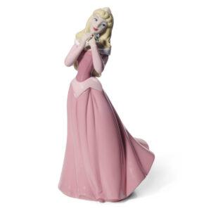 Aurora - Nao Figurine