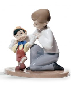 Pinocchio's First Steps - Nao Figurine