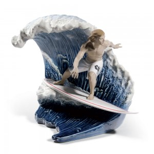 Riding The Big One! 01008595 - Lladro Figurine