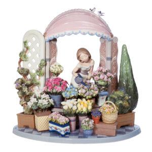 Romantic Feelings 01008250 - Lladro Figurine