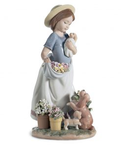 A Romp in the Garden 1006907 - Lladro Figurine