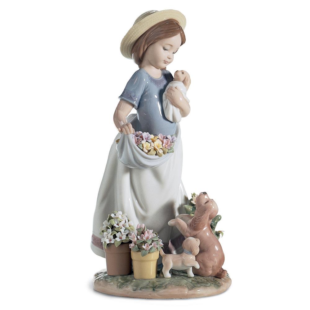 A Romp in the Garden 1006907 - Lladro Figurine