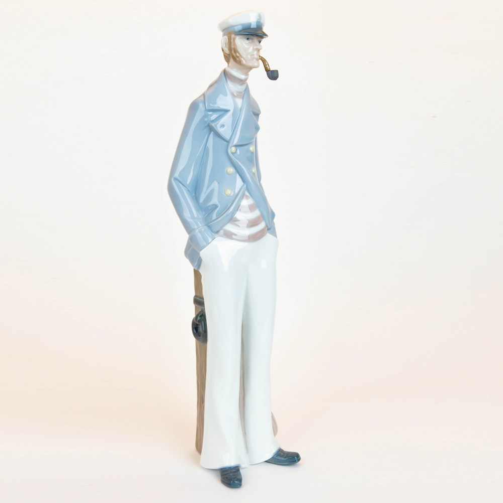 Sea Captain 1004621 - Lladro Figurine