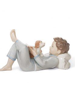 Shall I Read You a Story? - 01008034 - Lladro Figurine